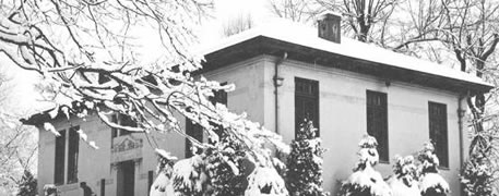 Black and white picture of Carnegie Public Library covered in snow